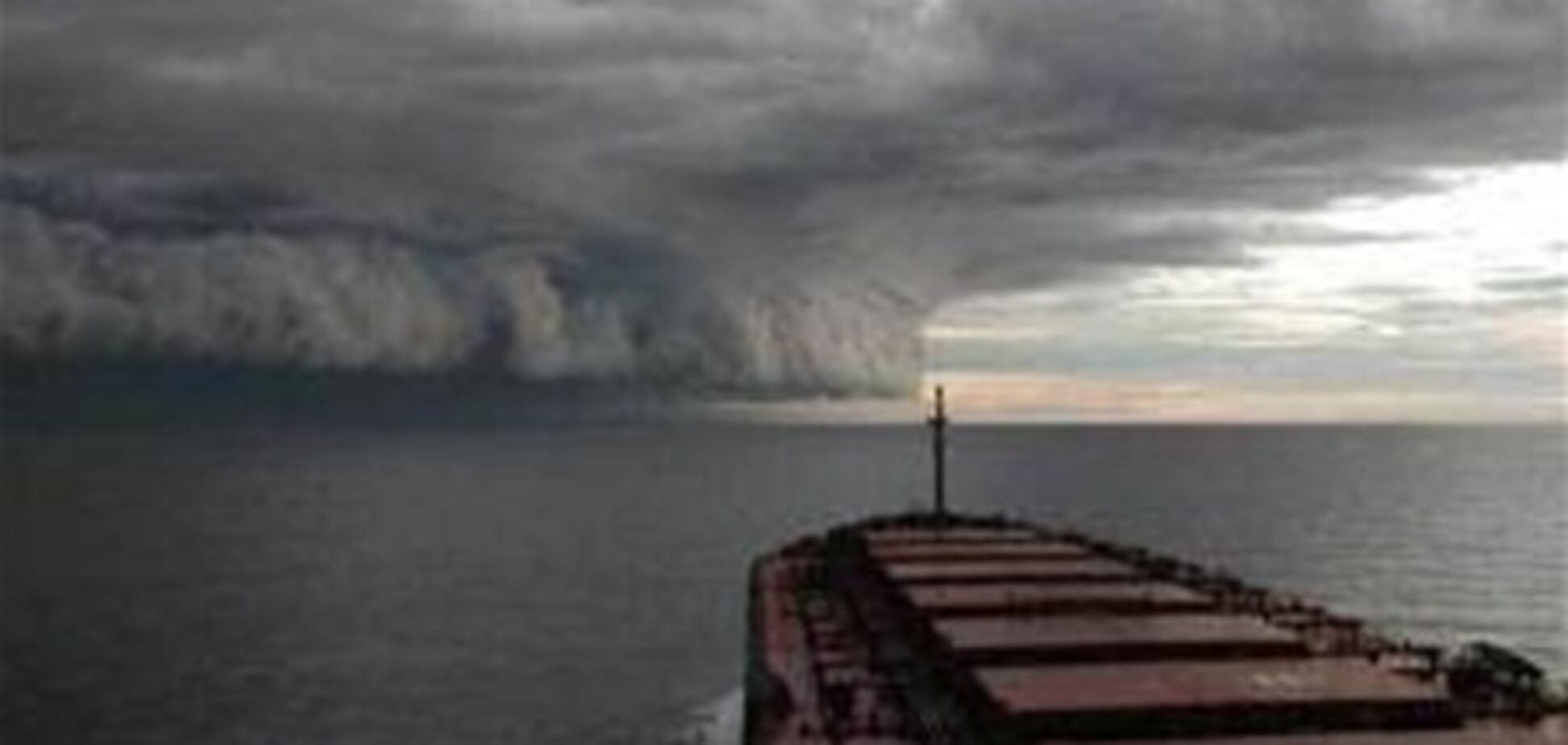 Ураган 'Катя', сметающий все на своем пути, движется к Прибалтике