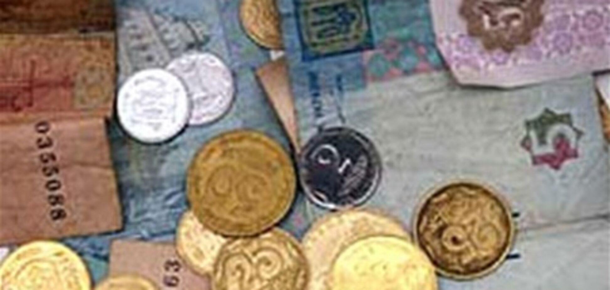 Инфляция продолжает съедать сбережения и зарплаты украинцев