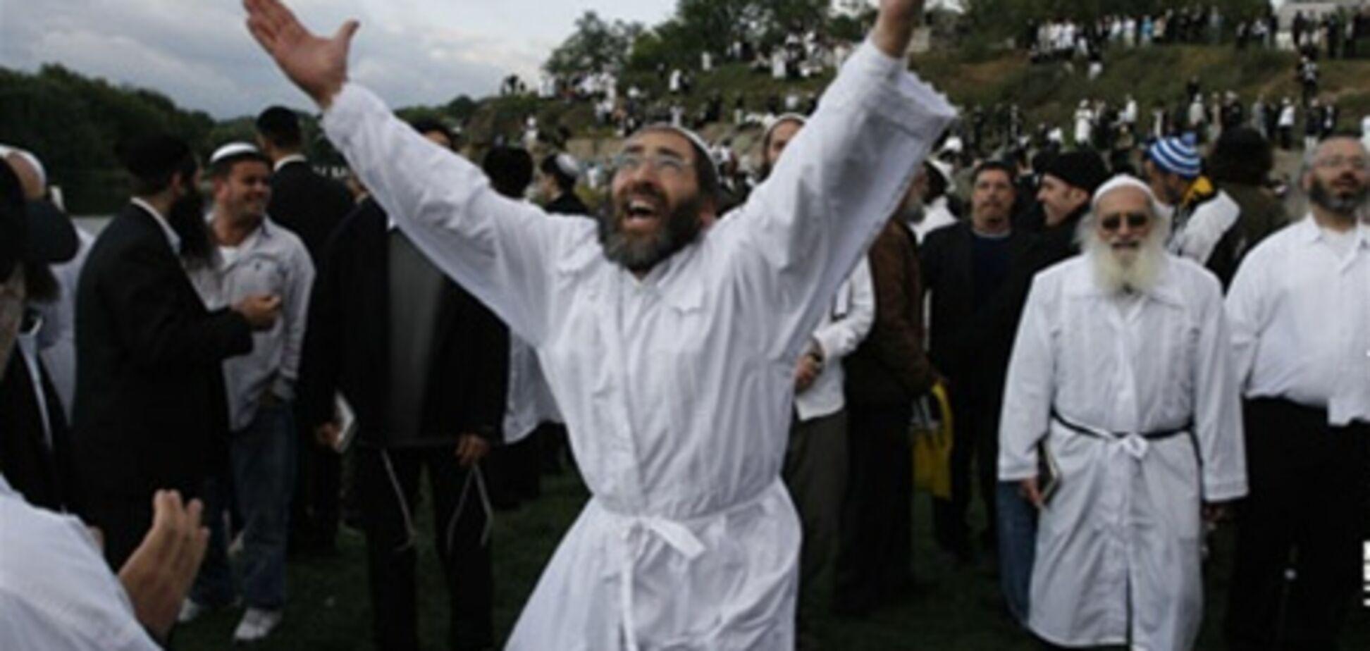 К уманским хасидам едет глава МВД Израиля