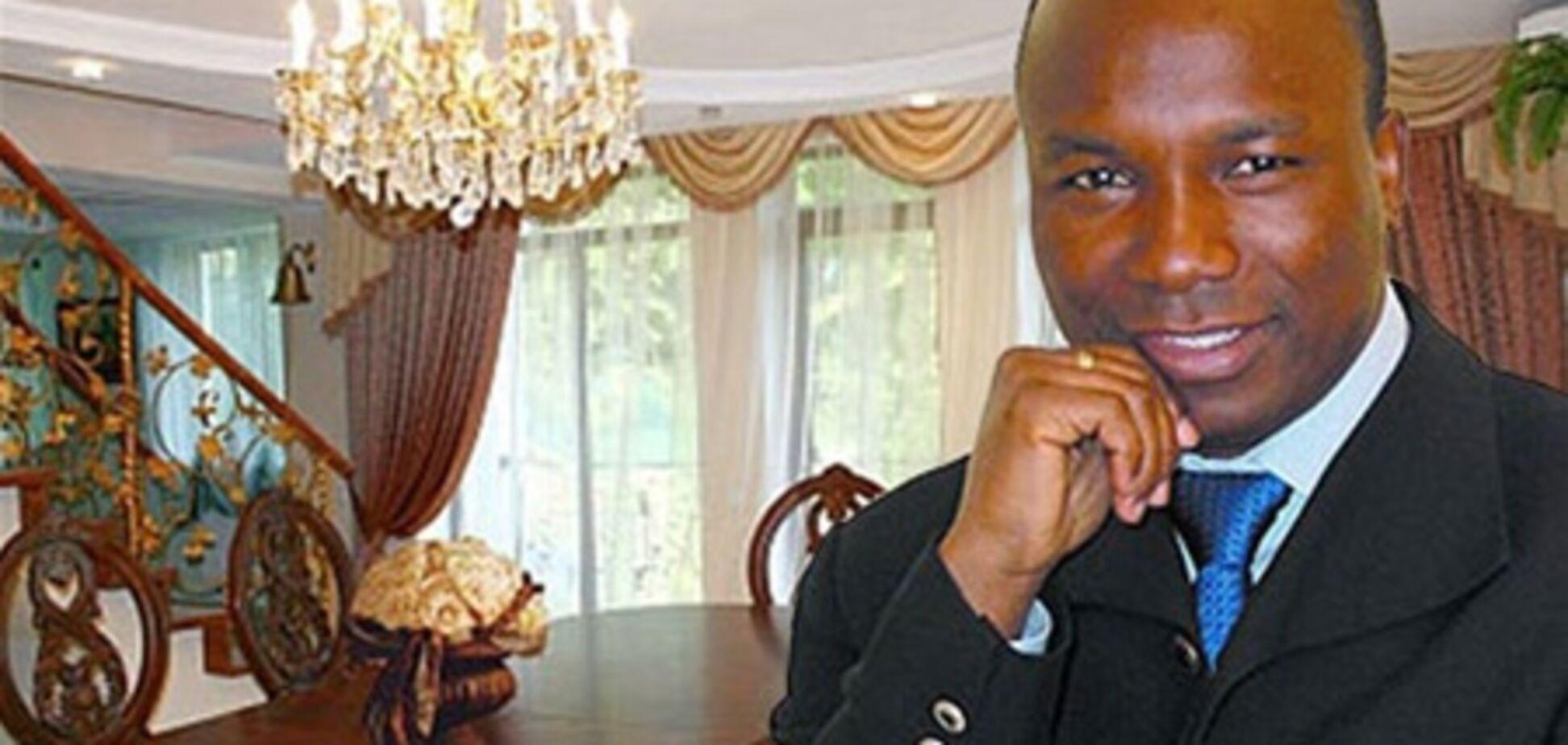 Охранники Аделаджи избили журналистов