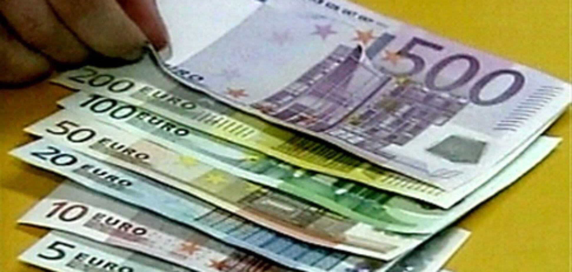 Евро будет падать и дальше из-за проблем ЕС