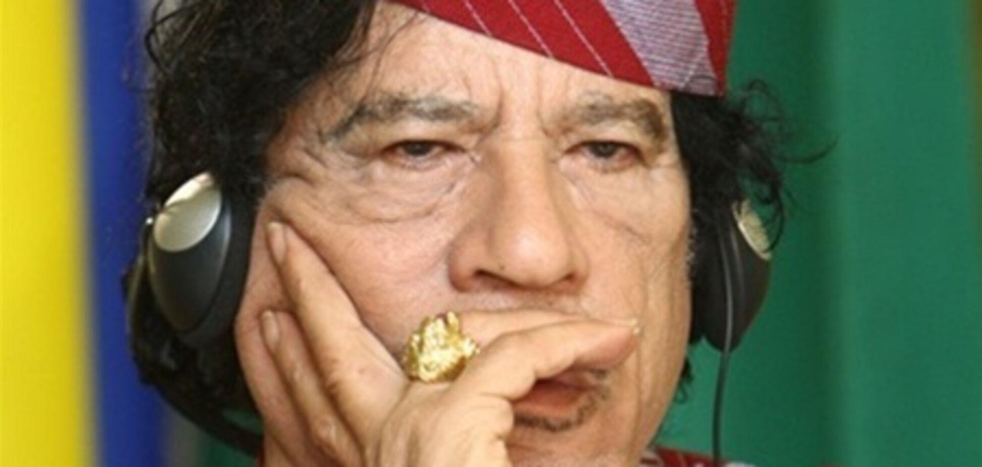 Літак з Каддафі та його родиною приземлився в Білорусі
