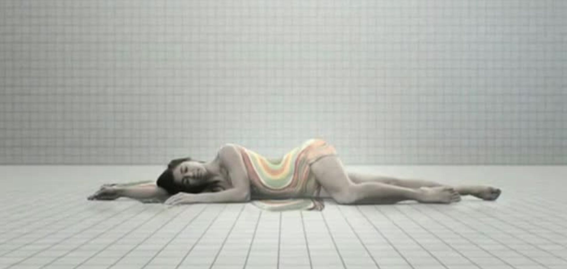 Mike Posner - Looks Like Sex