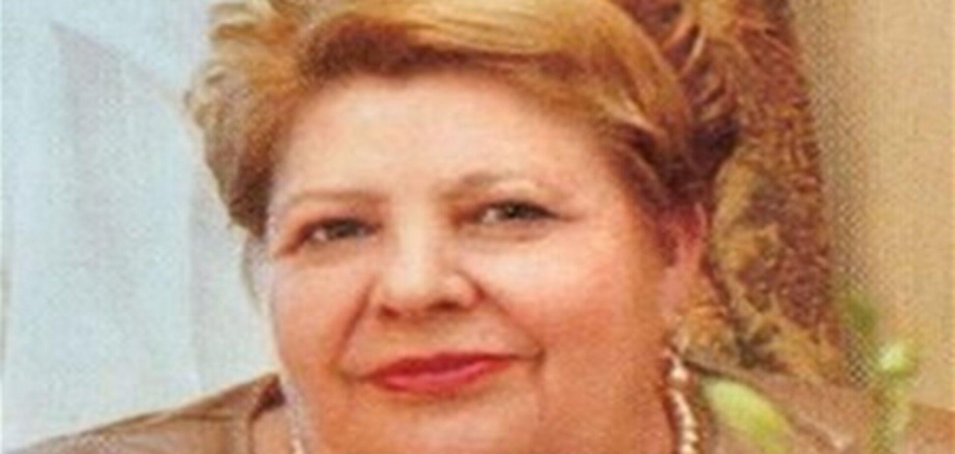Адвокати Тимошенко домагаються, щоб до екс-прем'єра пустили матір