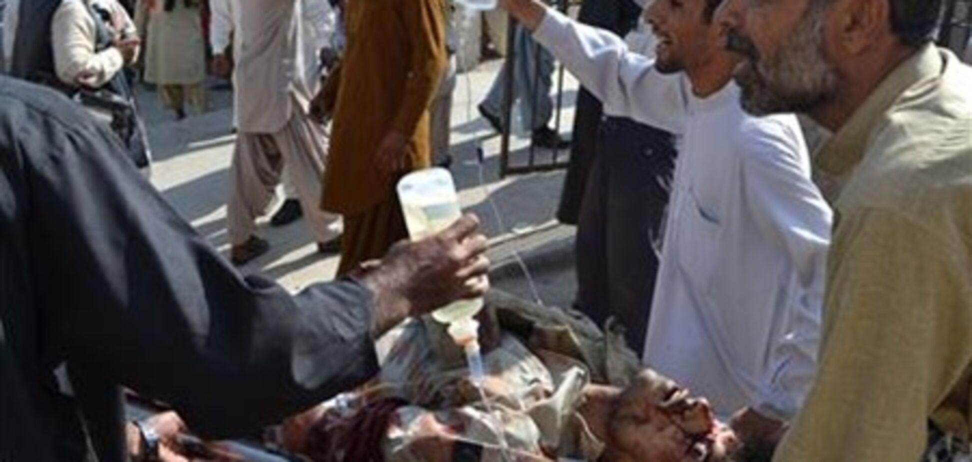 Жертвами вибуху в Пакистані стали не менше 15 людей