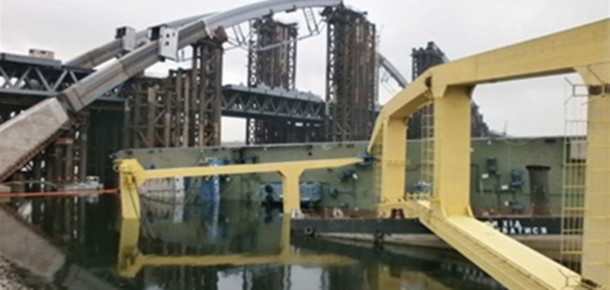 Ремонт крана-гиганта 'Захария' обойдется в 15 млн гривен
