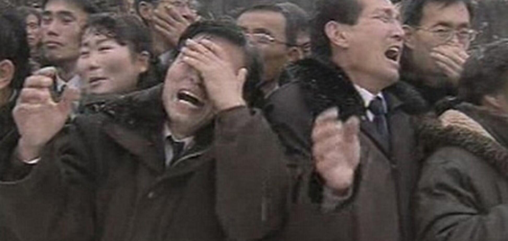 Жителям КНДР, не соблюдавшим траур по Ким Чен Иру, грозит полгода тюрьмы