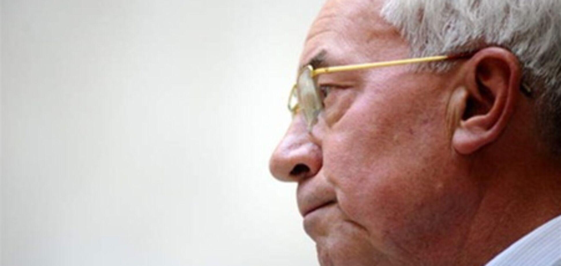 Азаров: Россия отказывается менять газовые контракты Тимошенко