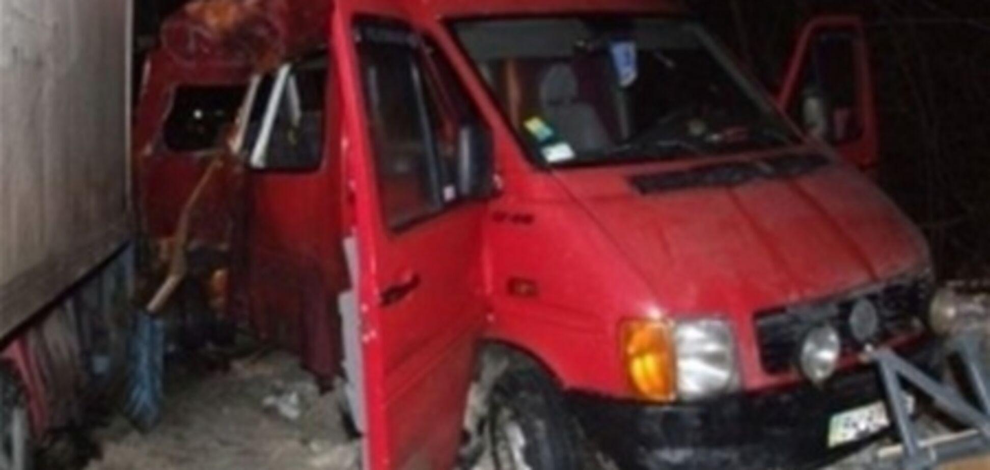 Задержан водитель микроавтобуса, спровоцировавший ДТП на Ривненщине