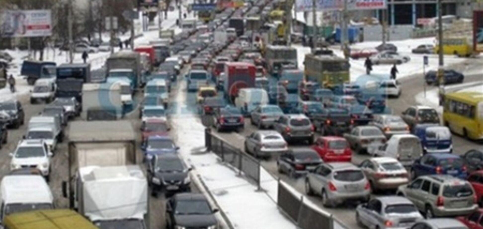 Киев попал в снежный капкан. Фото