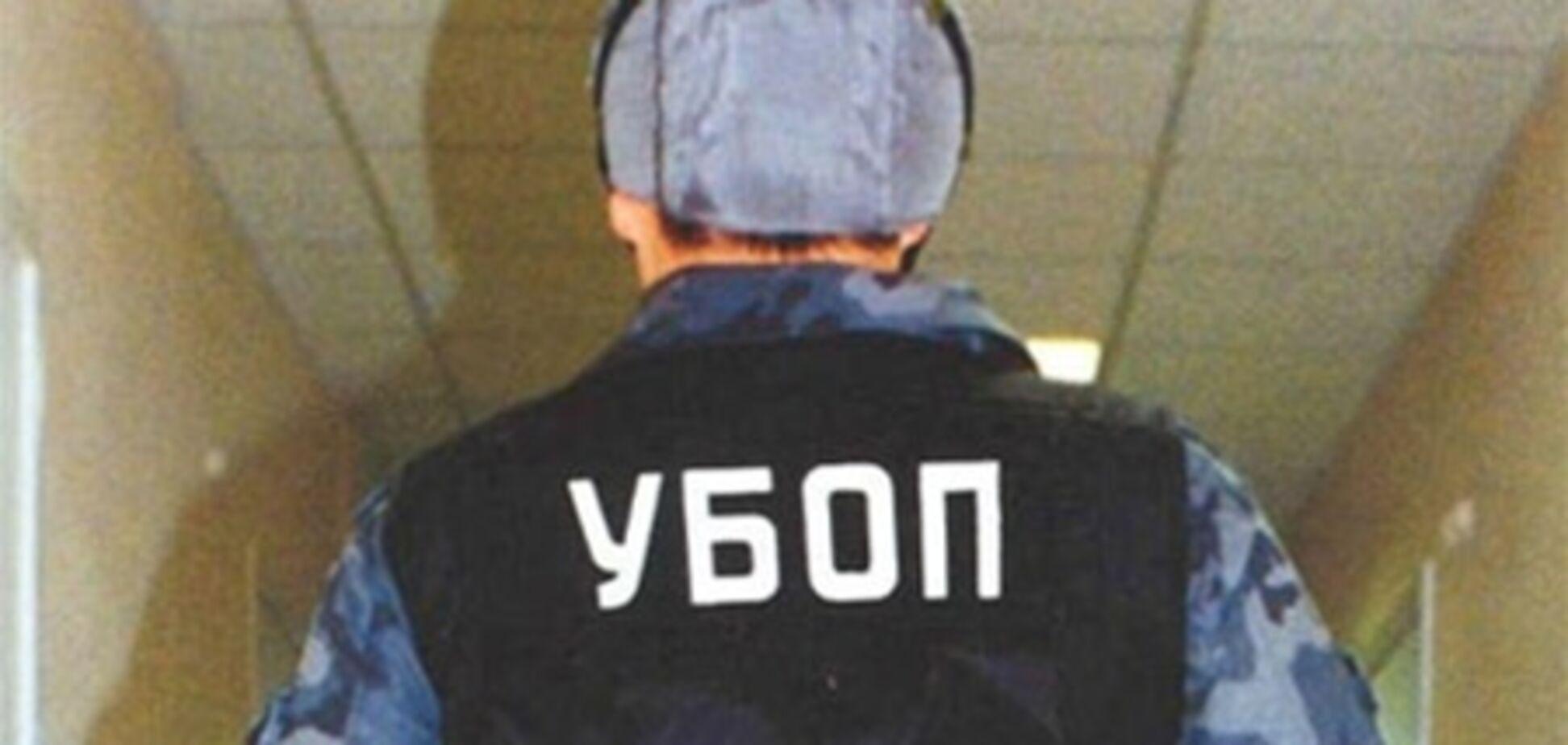 В Одесском аэропорту УБОП проводит выемку документации
