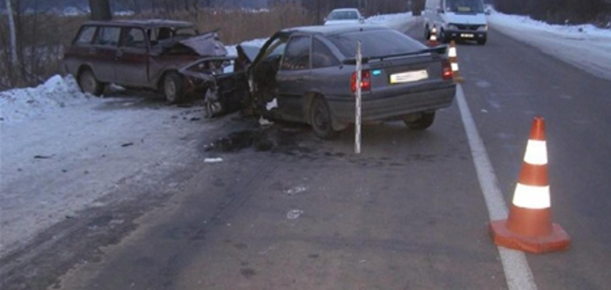 Ситуация на дорогах за 27 января: 43 ДТП, 5 погибших