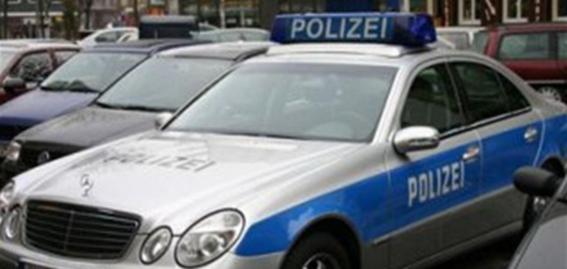 Полицейский 22 года водил патрульную машину без водительских прав