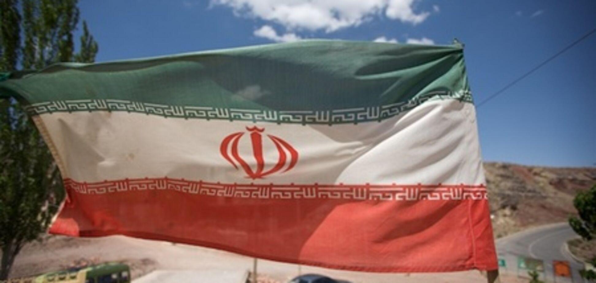 Іран закрив кордон з Пакистаном