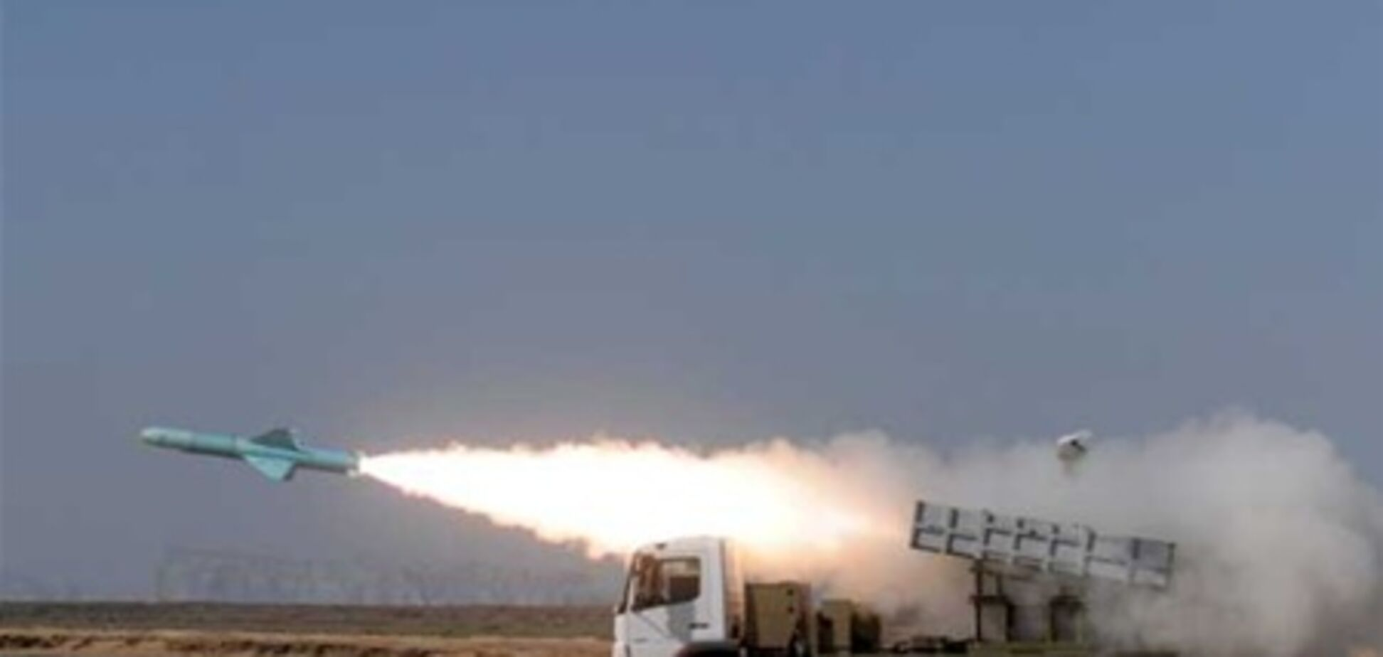Іран загрожує США відповіддю на відправку авіаносця в Перську затоку