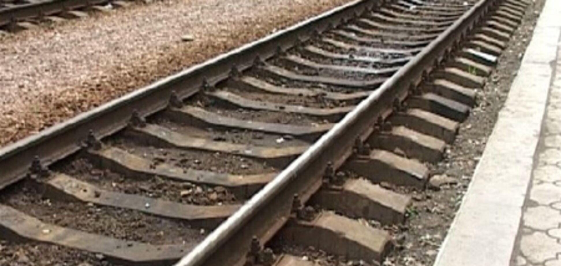 Больше 500 железнодорожников принимают участие в ликвидации  схода грузового поезда