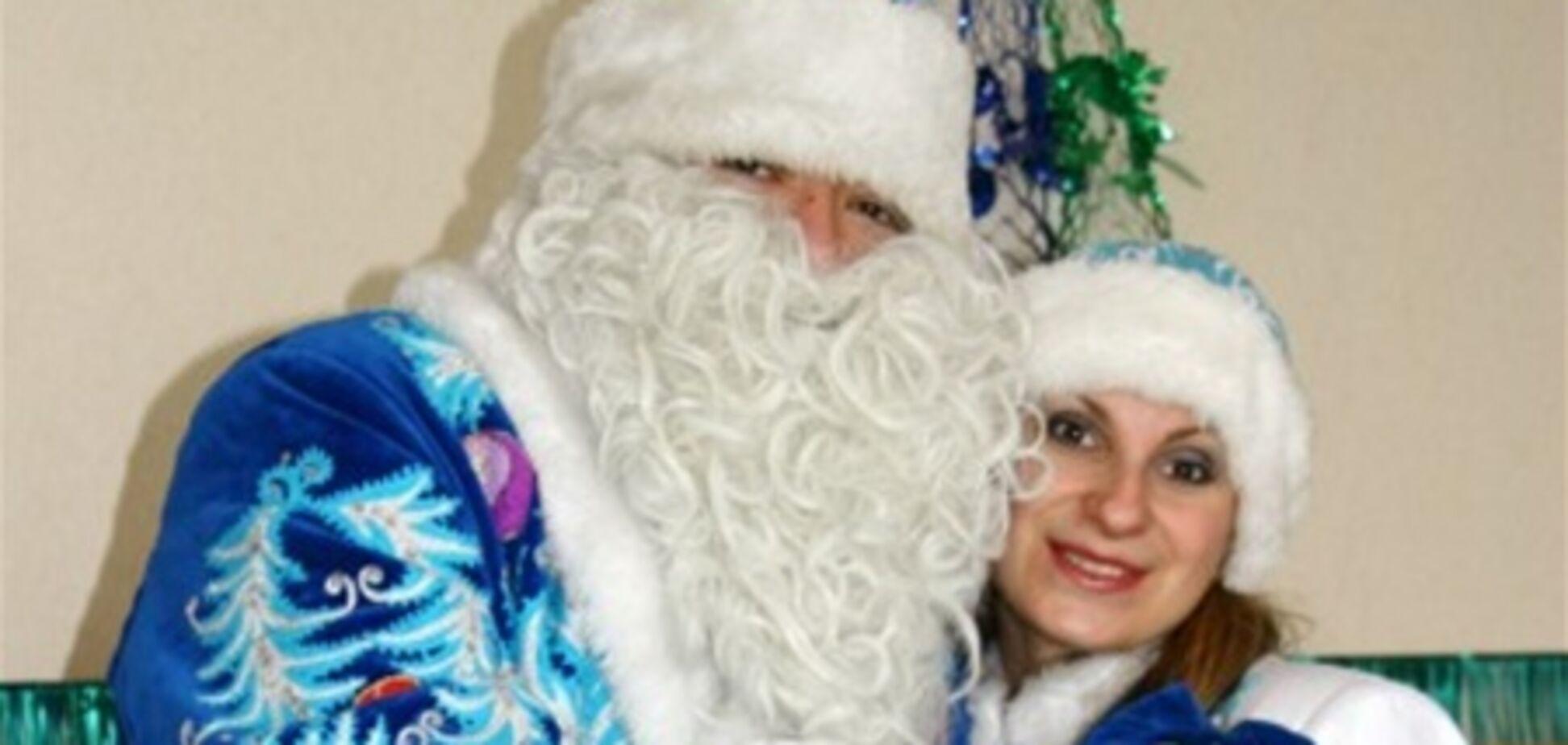 Янукович зазначив Новий рік в Карпатах, а Азаров - у Києві