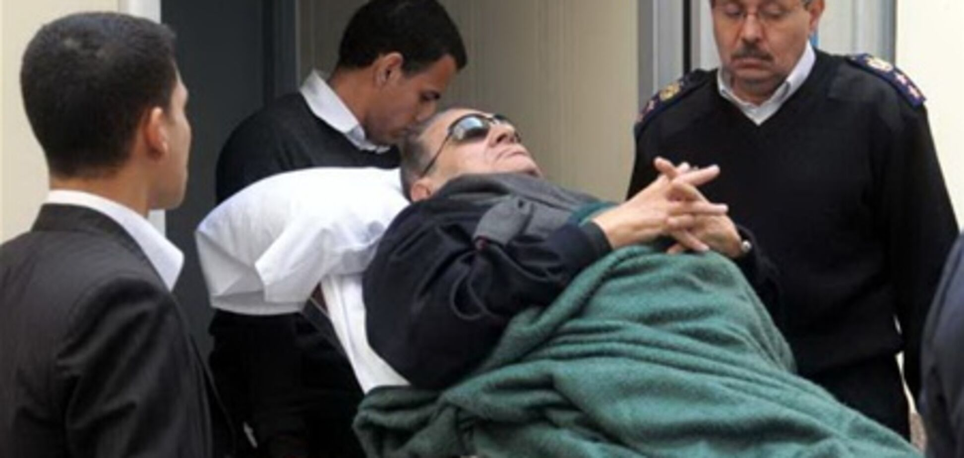Суд у справі Мубарака розпочався з тригодинним запізненням