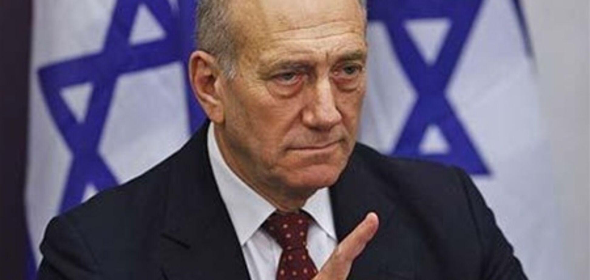 Колишнього прем'єра Ізраїлю офіційно звинуватили у корупції