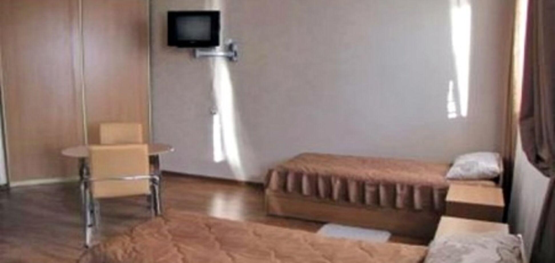 В камере Тимошенко сегодня пять раз меняли лампочку