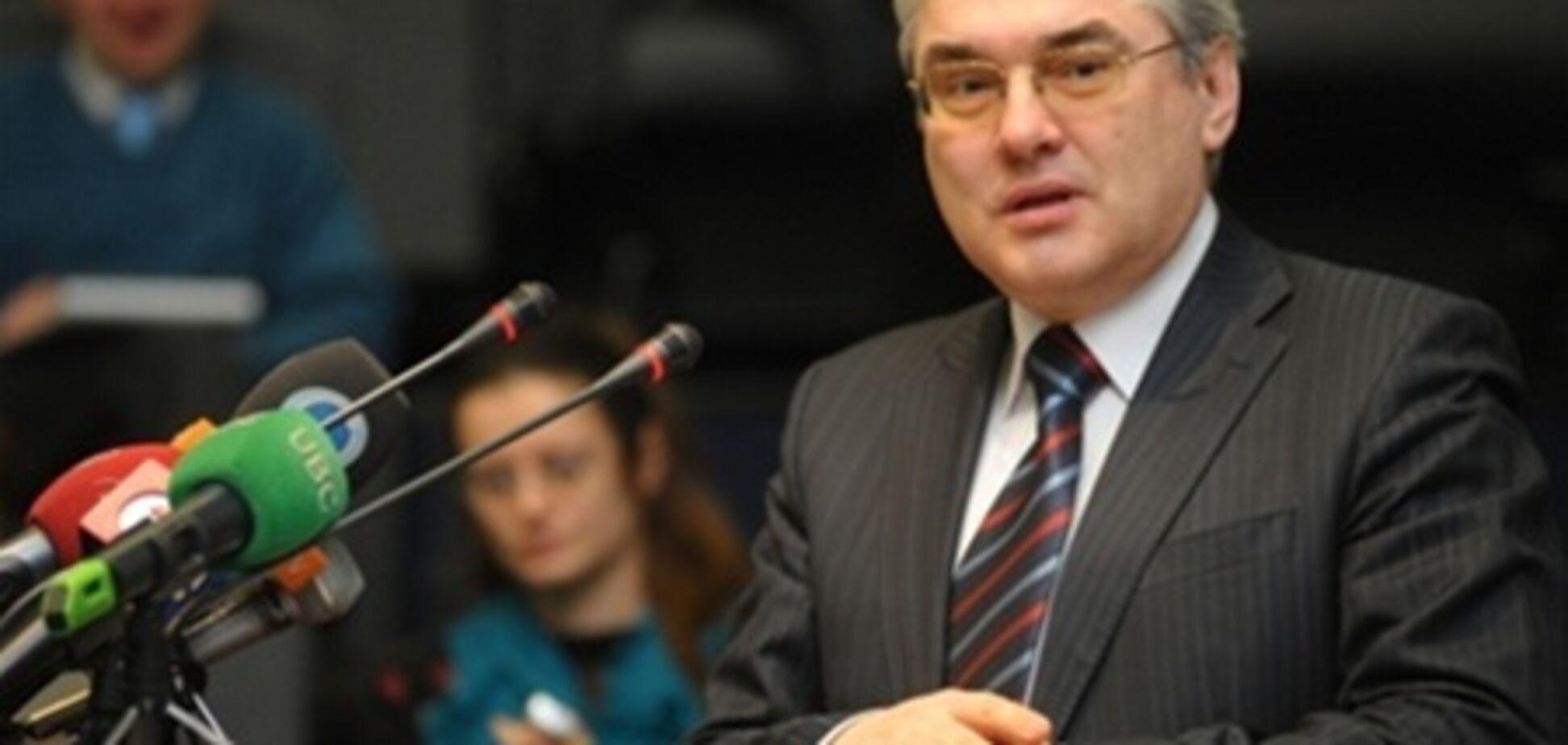 Експерт: угода про ЗВТ не означає членство України в ЄС