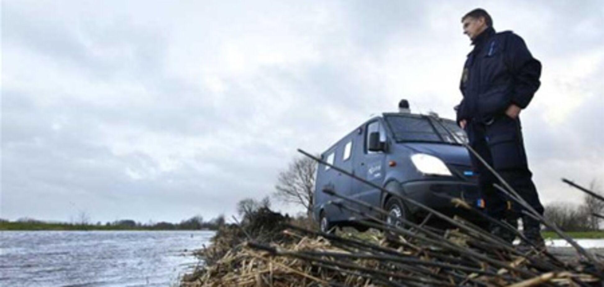 Жителів північних Нідерландів евакуюють через загрозу повені