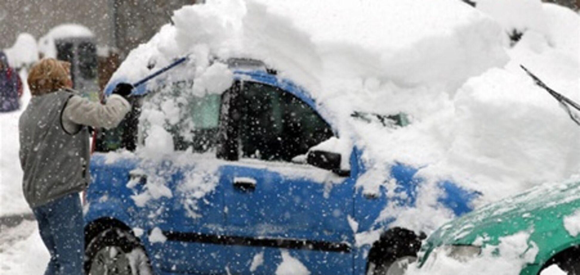 Австрія і Швейцарія потопають у снігу. Відео