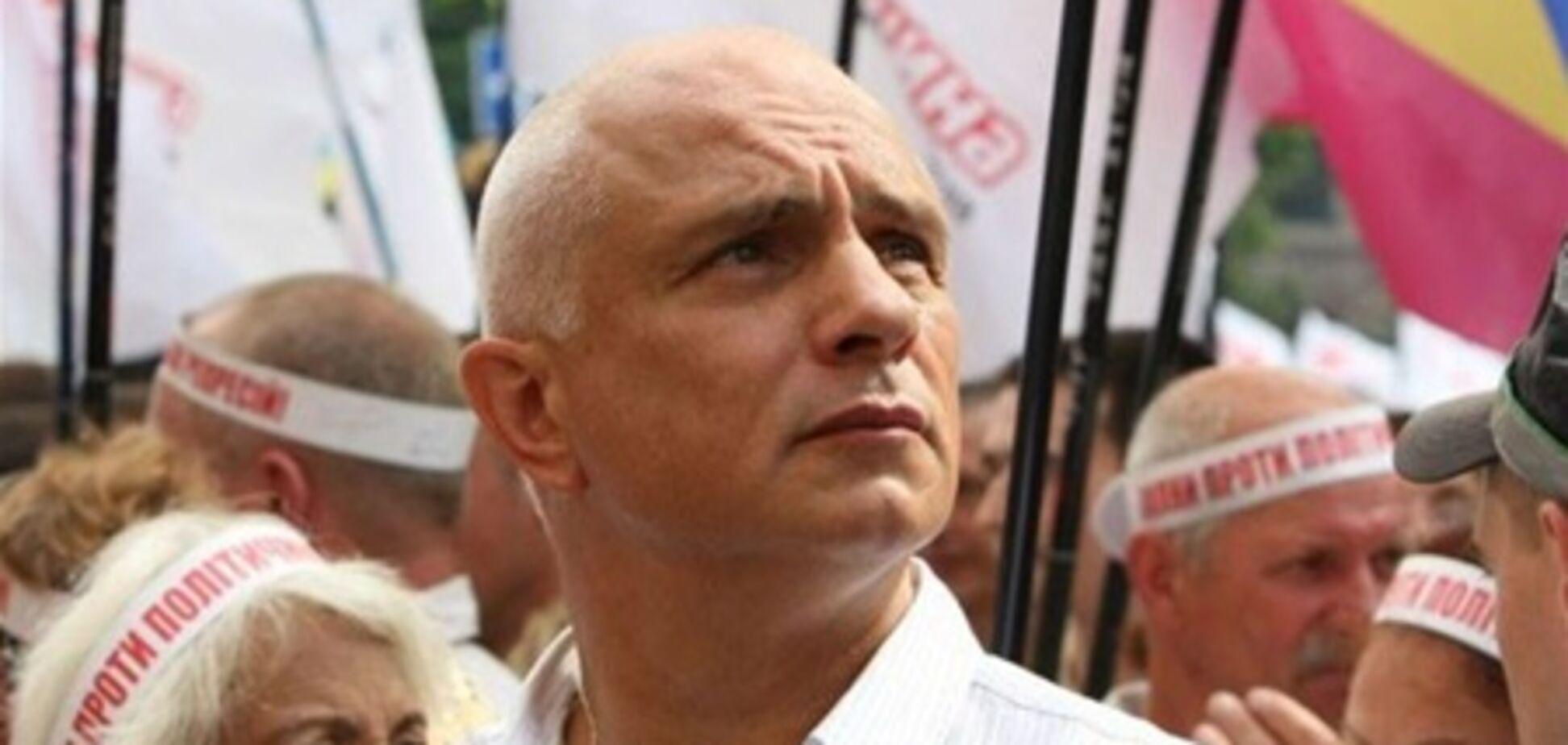 VIP-втікачі: від шефа Тимошенко до чоловіка Тимошенко