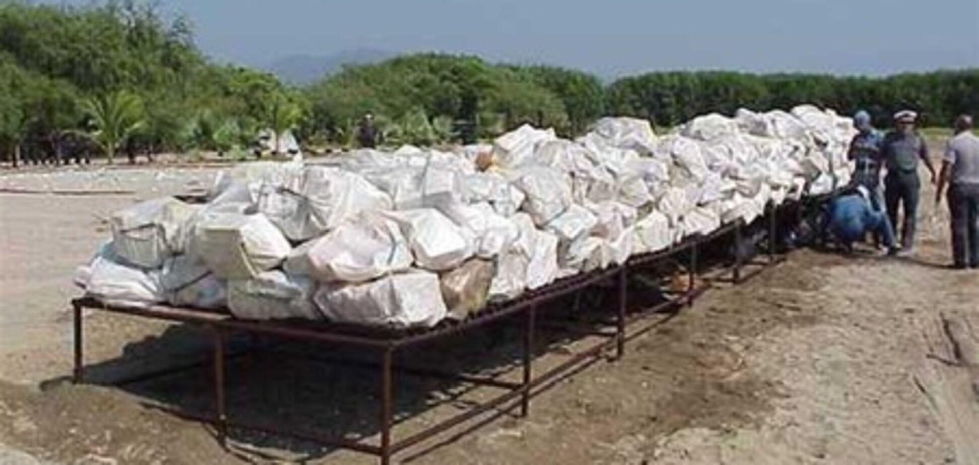 Поліція Коста-Ріки знайшла схованку з тонною кокаїну