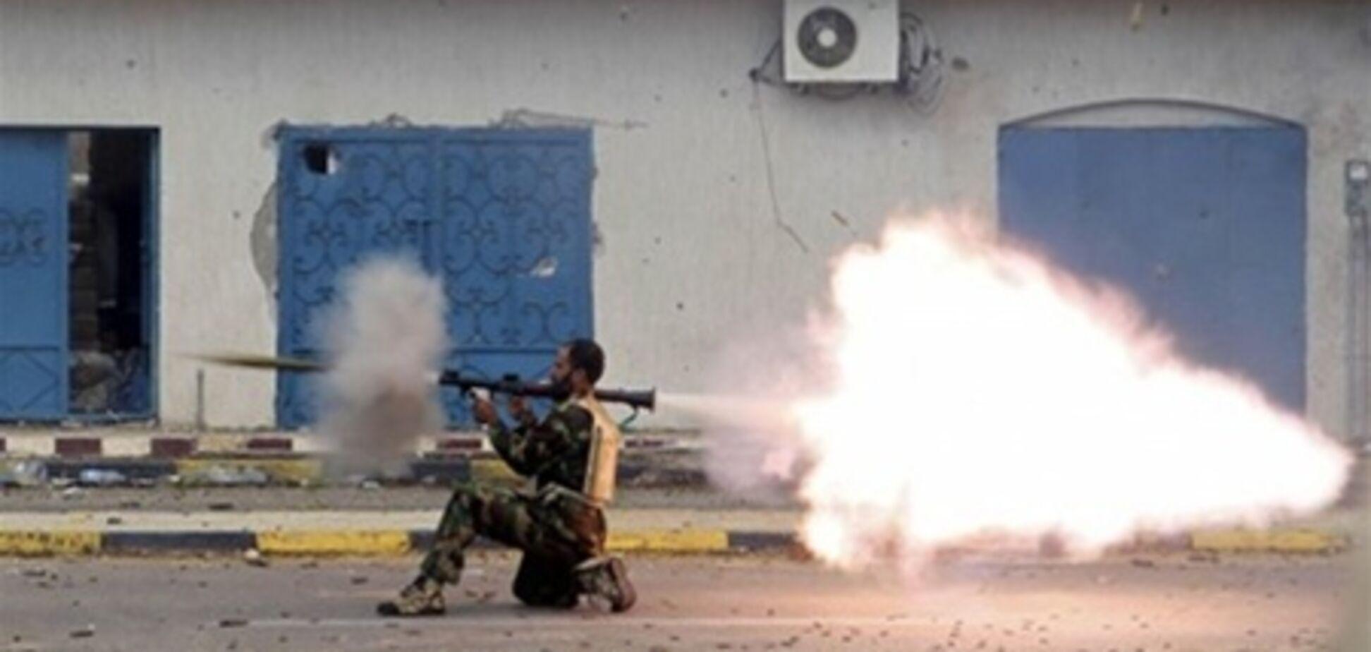 У Сирії тривають бої з повстанцями: 11 солдатів убито