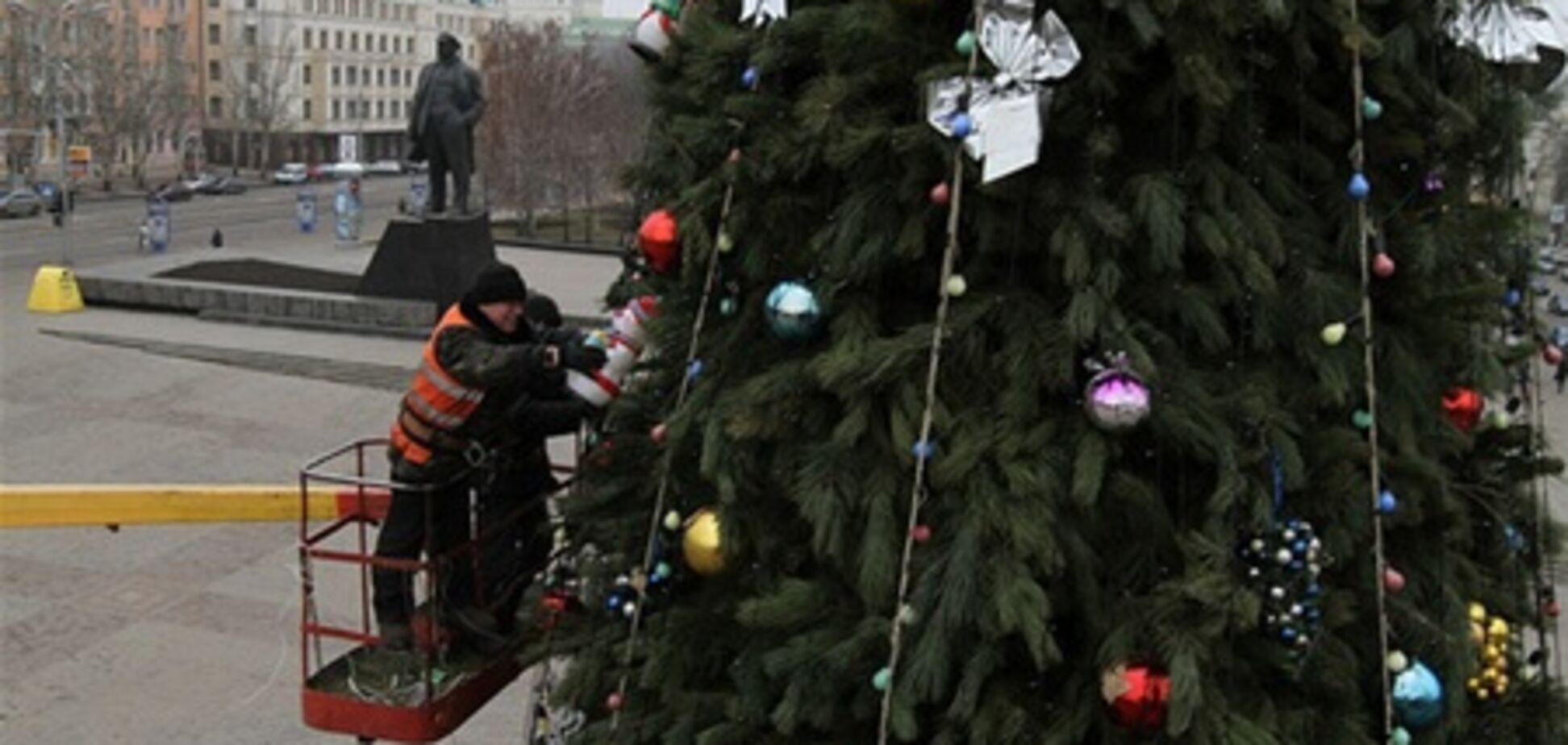 У Донецьку відкриють унікальну ялинку