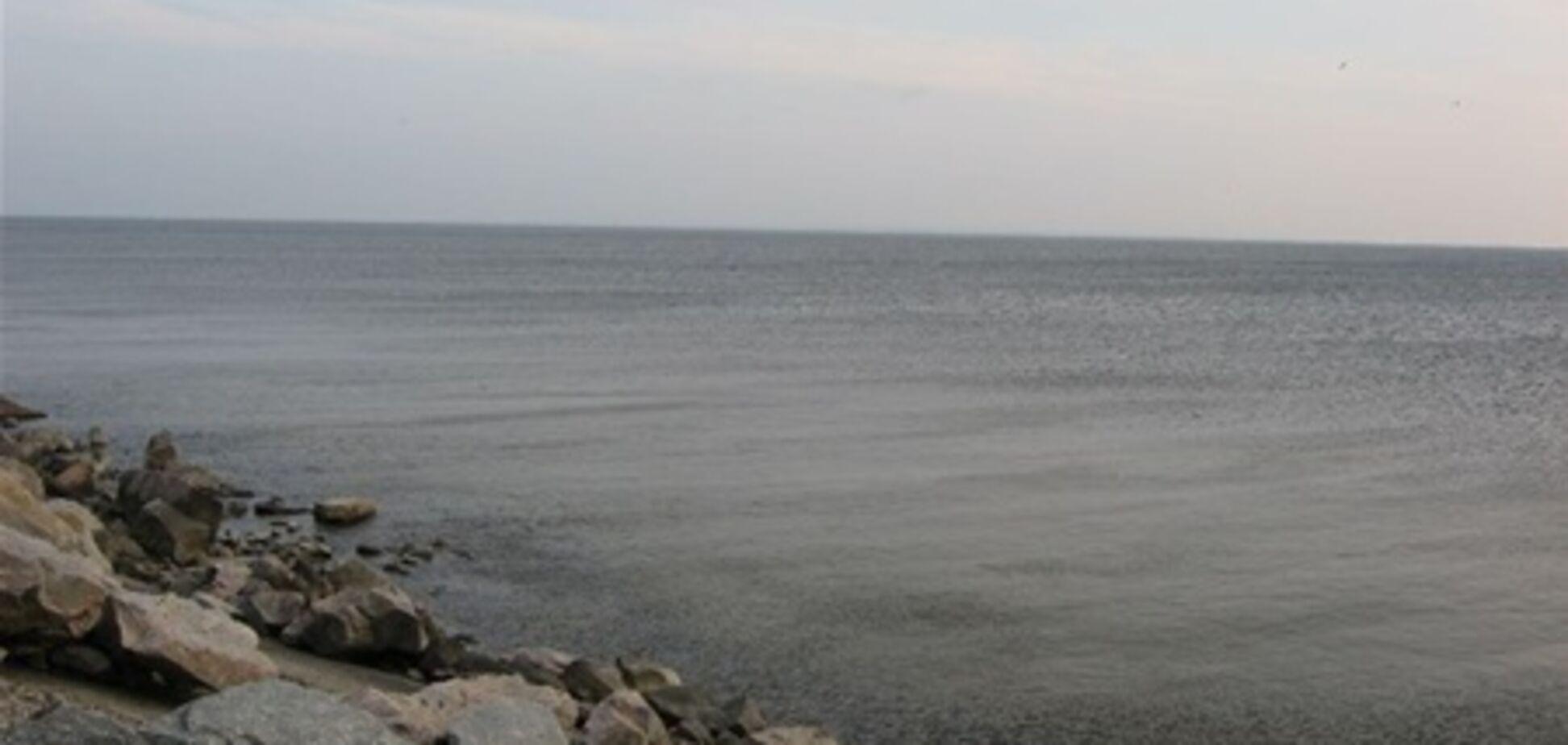 На Каховському водосховищі МНС шукає зниклого рибалку