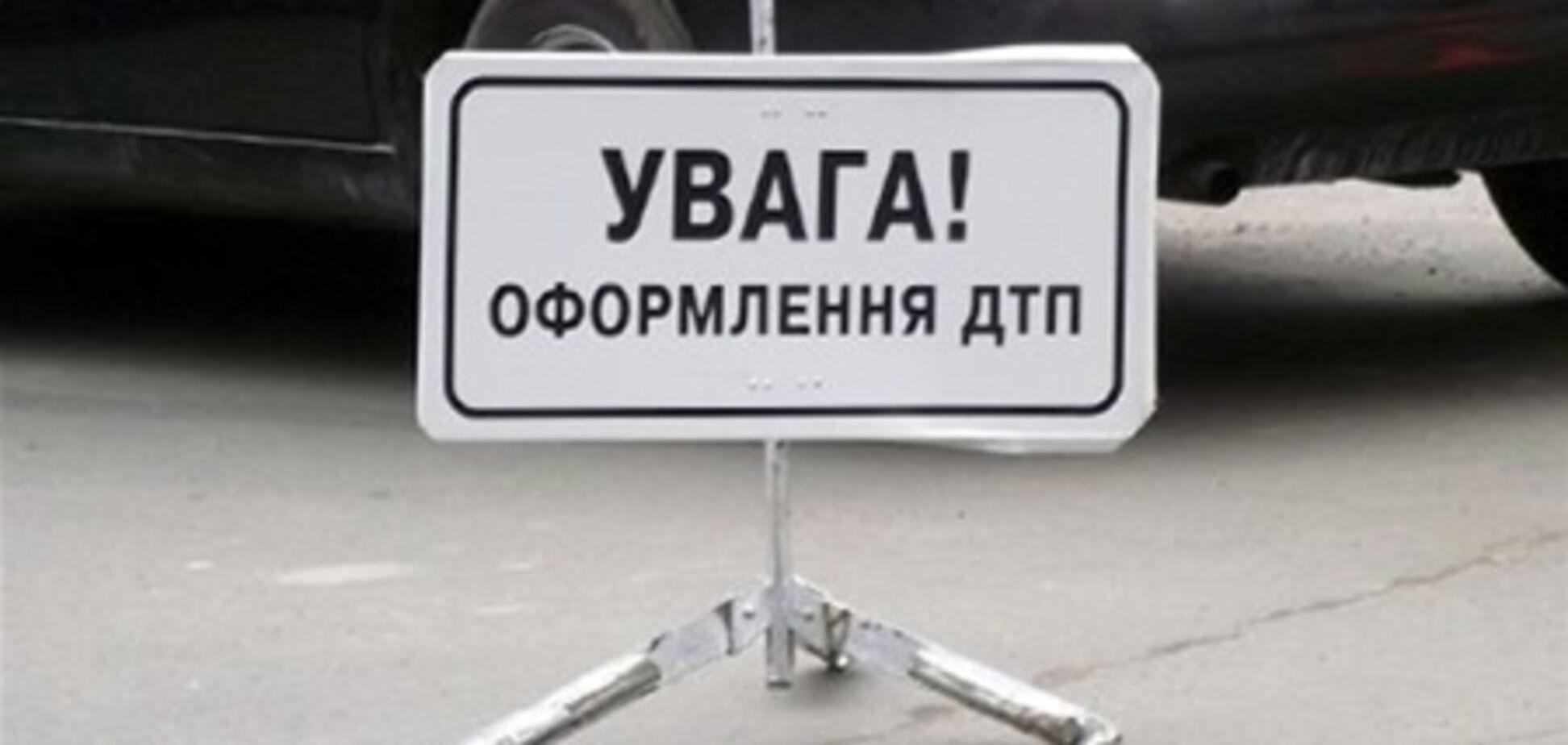 В Закарпатской области перевернулся микроавтобус: 2 человека погибли, 4 – в больнице