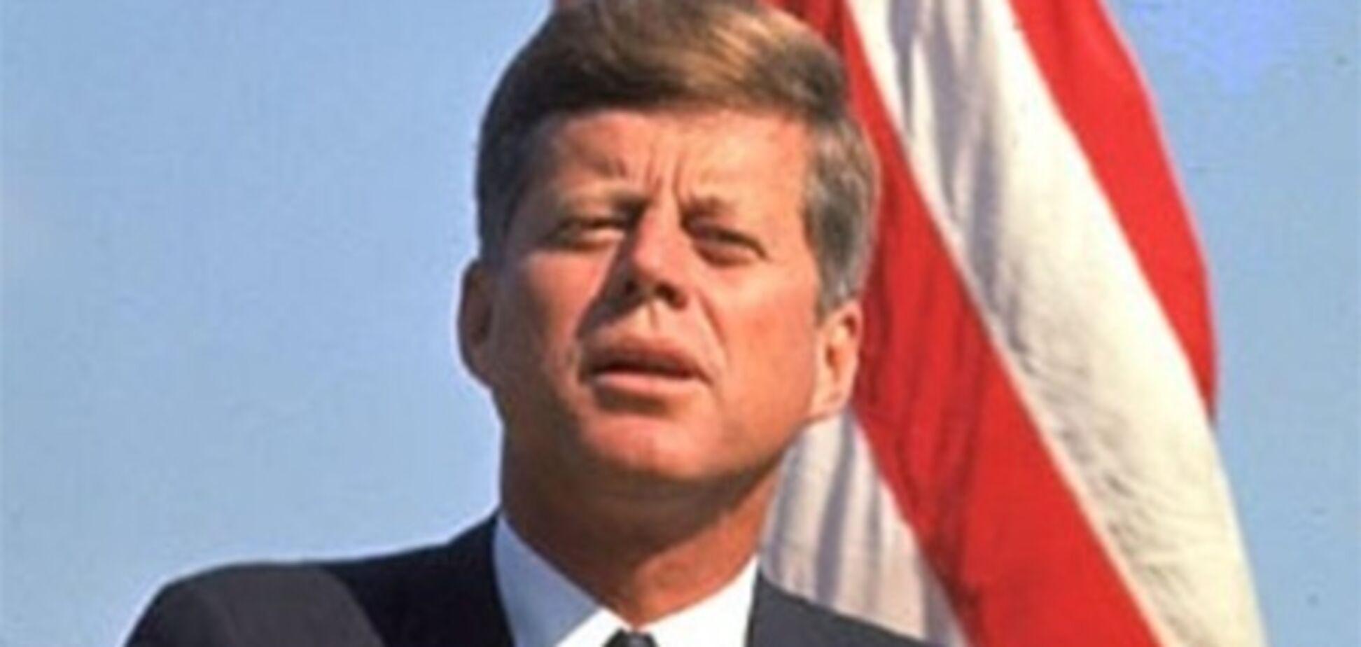 Кеннеди хотел сбросить на Кубу ядерную бомбу