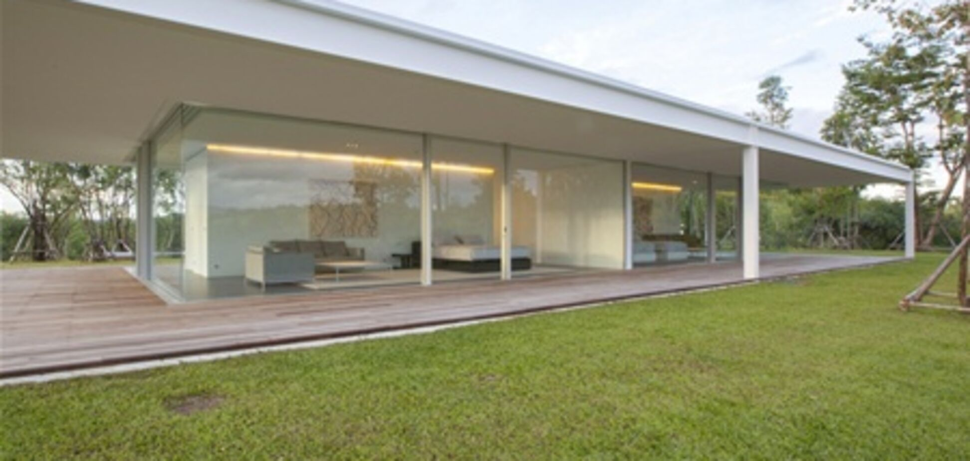 Дом длиной в 150 метров построили в Таиланде
