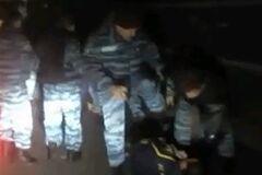 Милиция проверяет информацию об избиении 'Беркутом' футбольных болельщиков