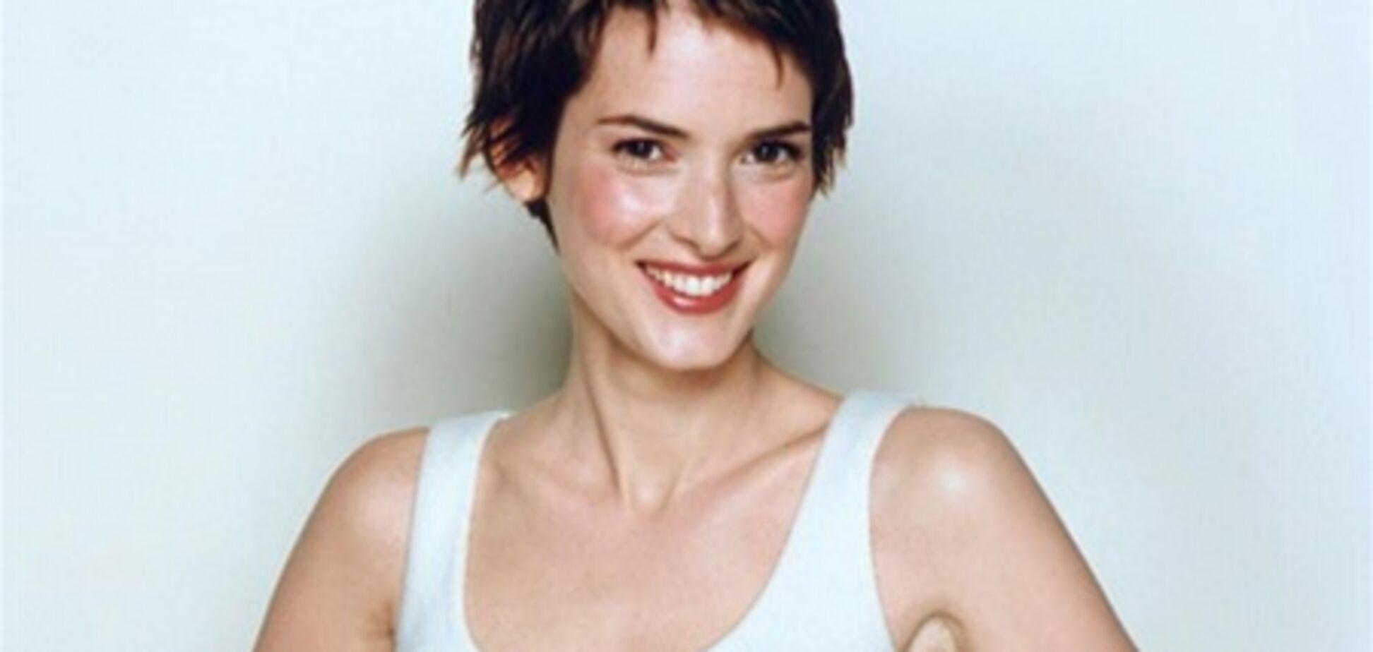 Улыбчивая и естественная Вайнона Райдер: год 2000