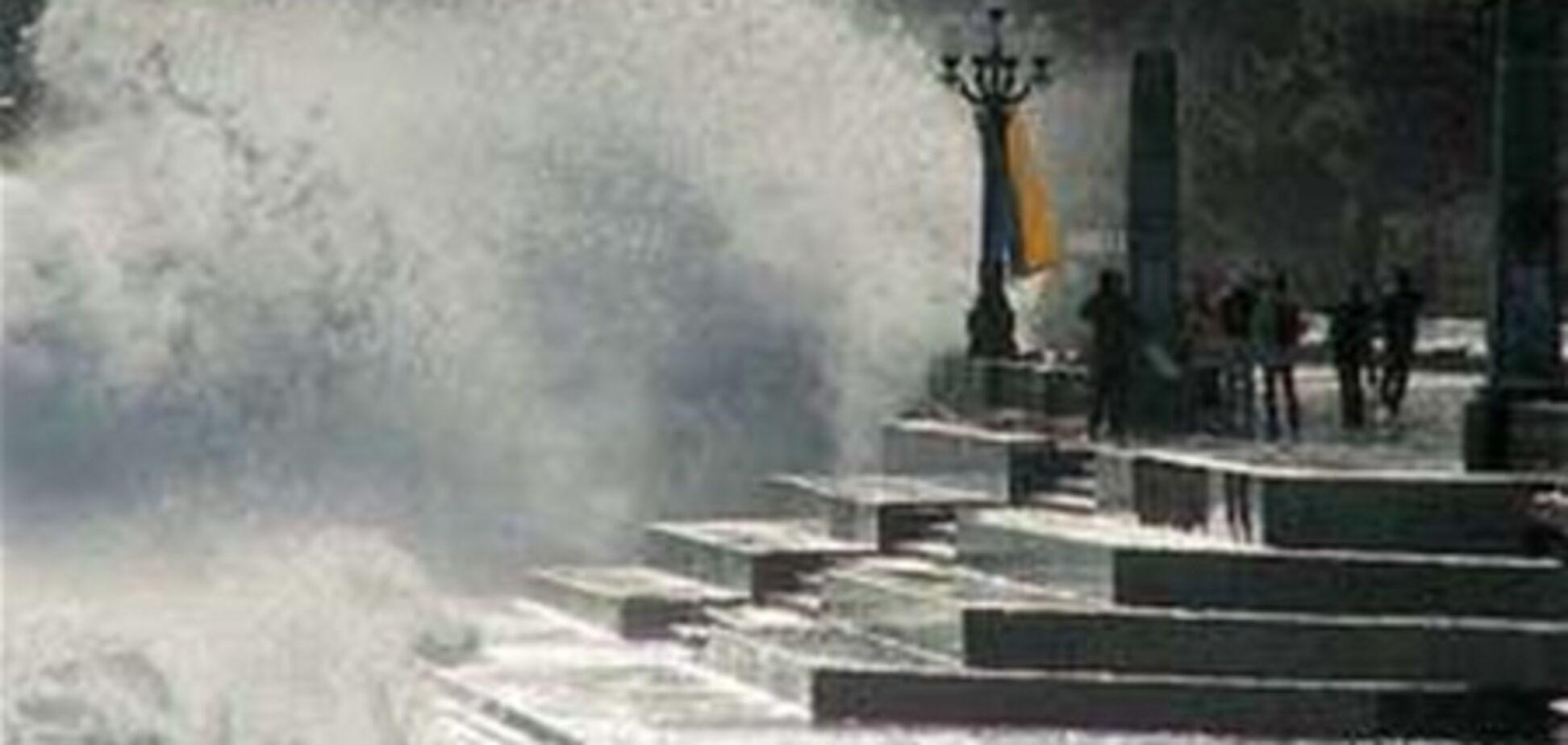 30 октября в Крыму объявили штормовое предупреждение