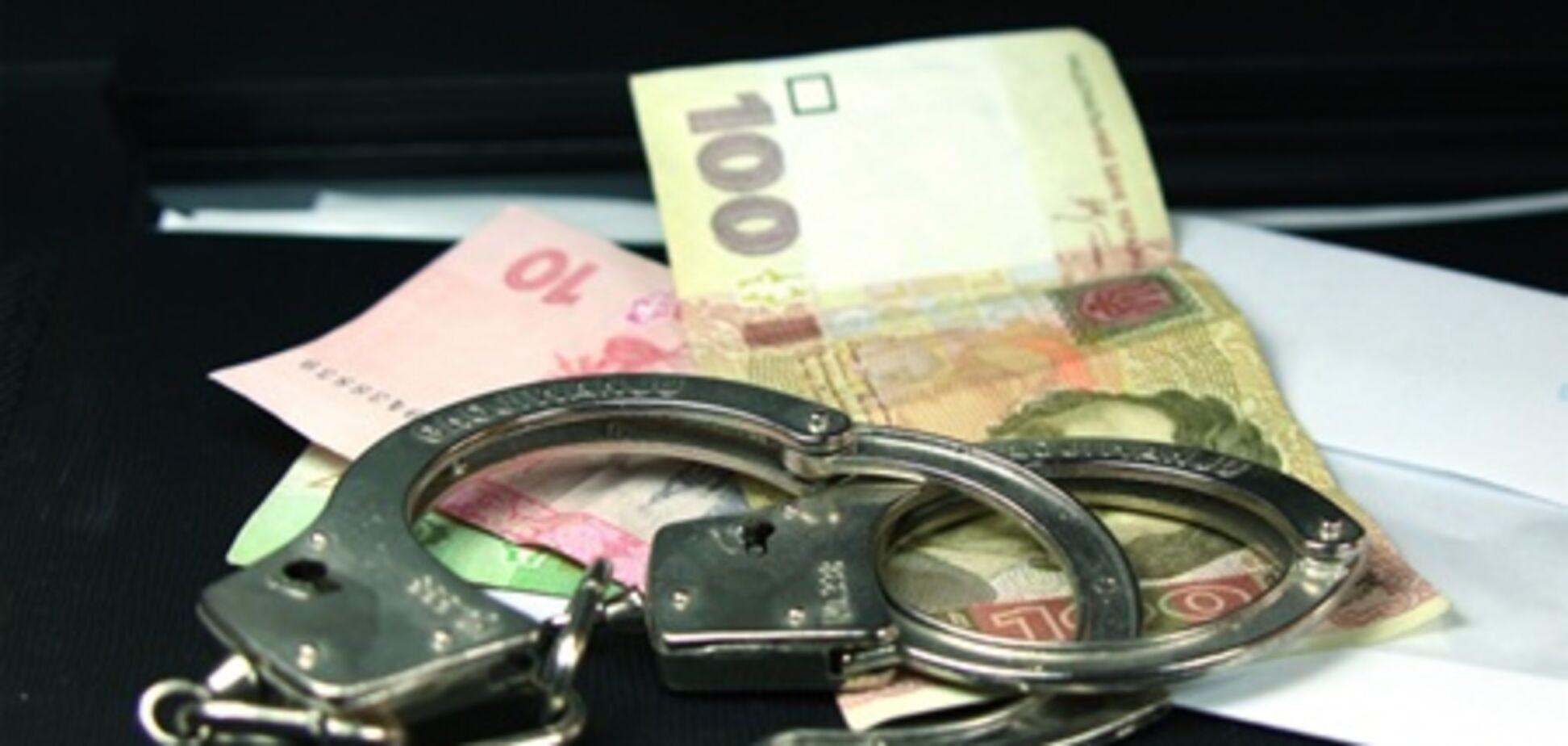 Під Херсоном суддю спіймали на хабарі в 110 тисяч грн
