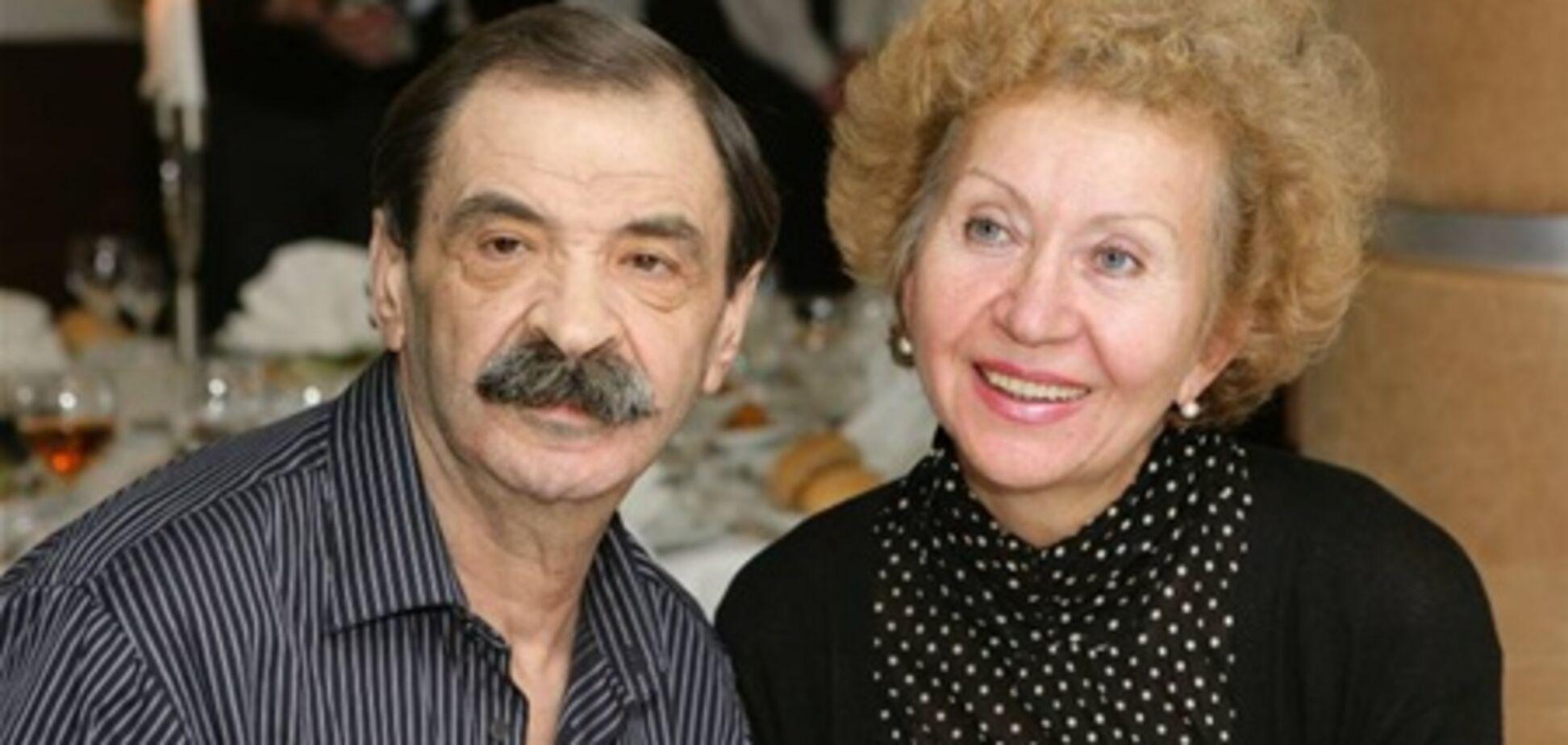 Врачи почти сутки пытались вывести актера Илью Олейникова из комы