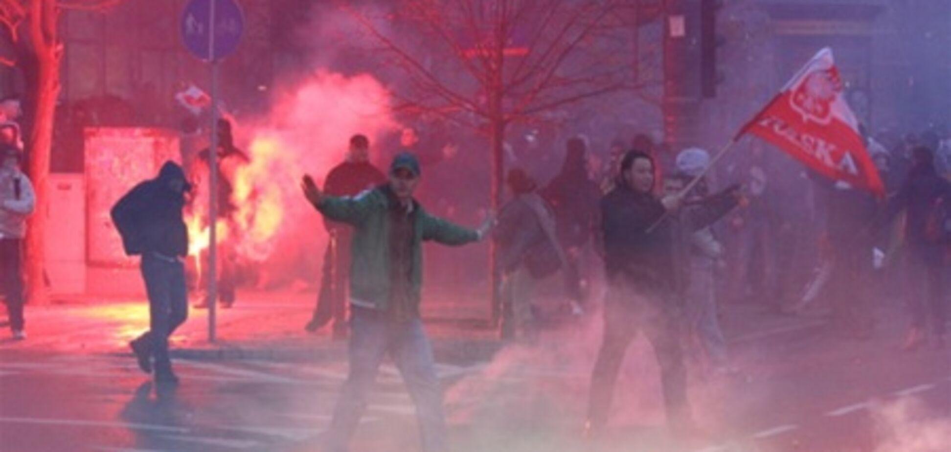 День Независимости Польши: дубинки, газ, аресты. Фото. Видео