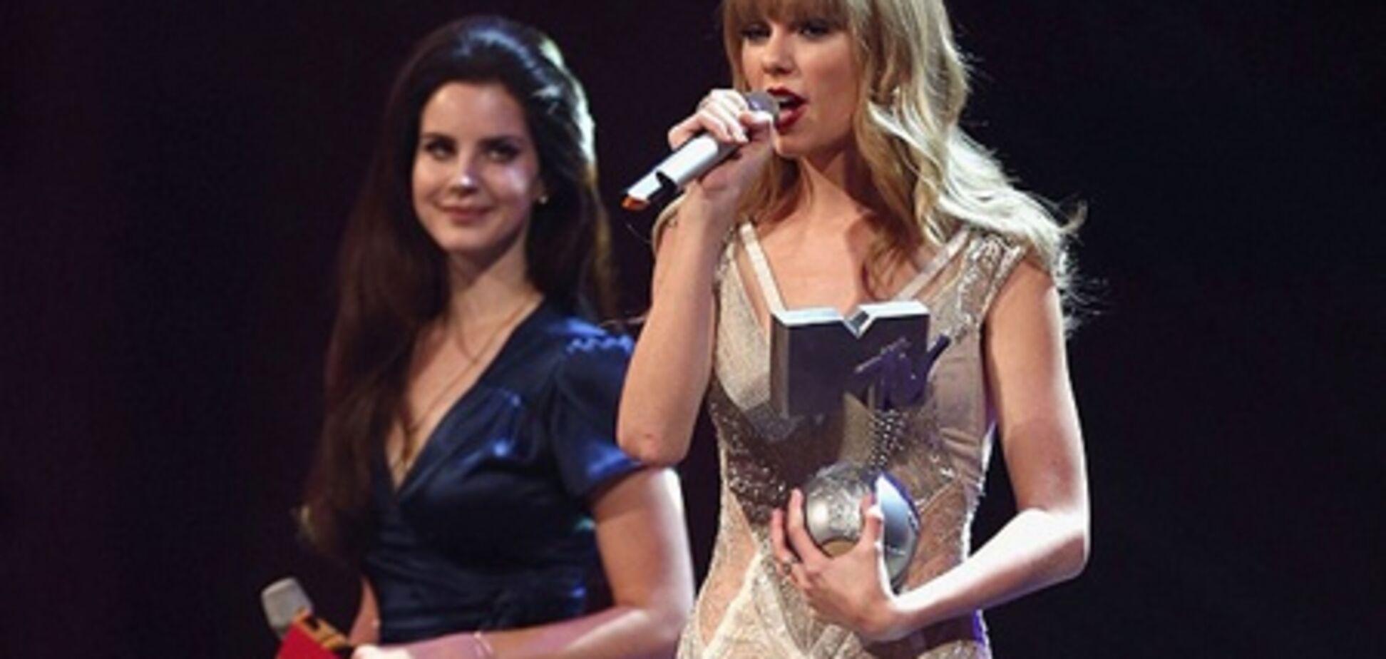 Победители MTV EMA 2012 вышли на сцену. Фото