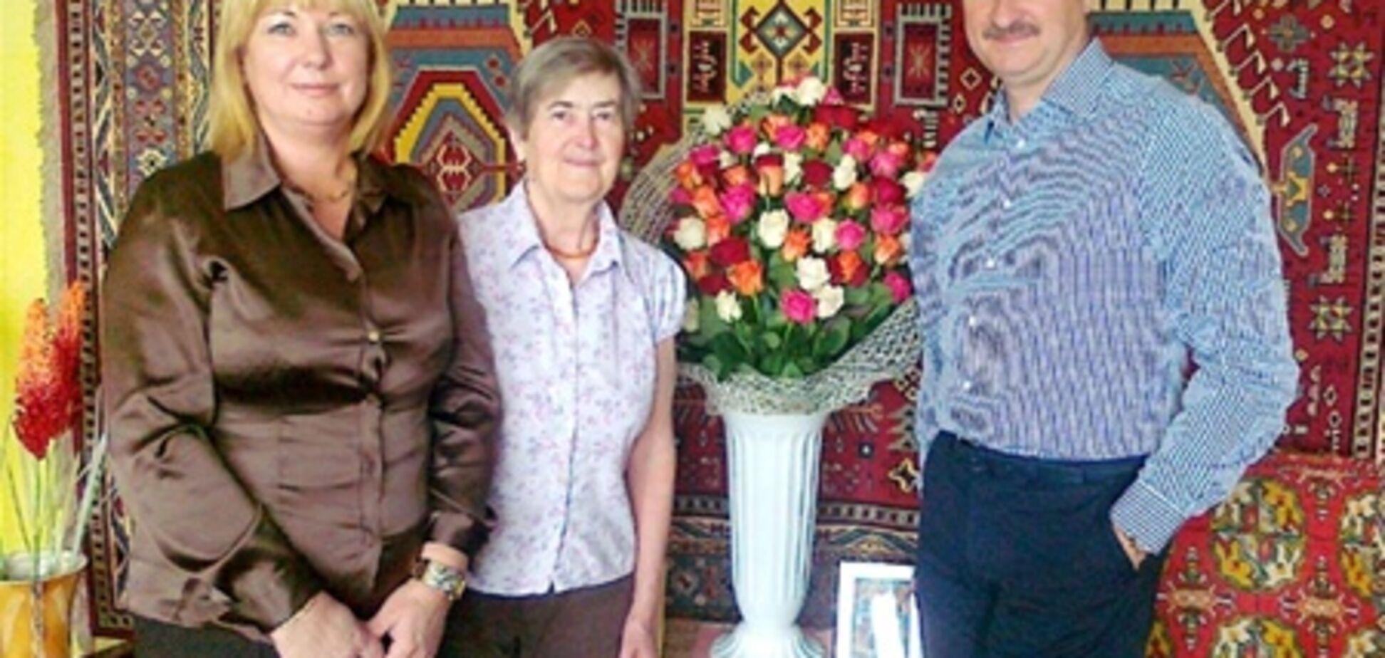 Горе в сім'ї Попова - померла його мати