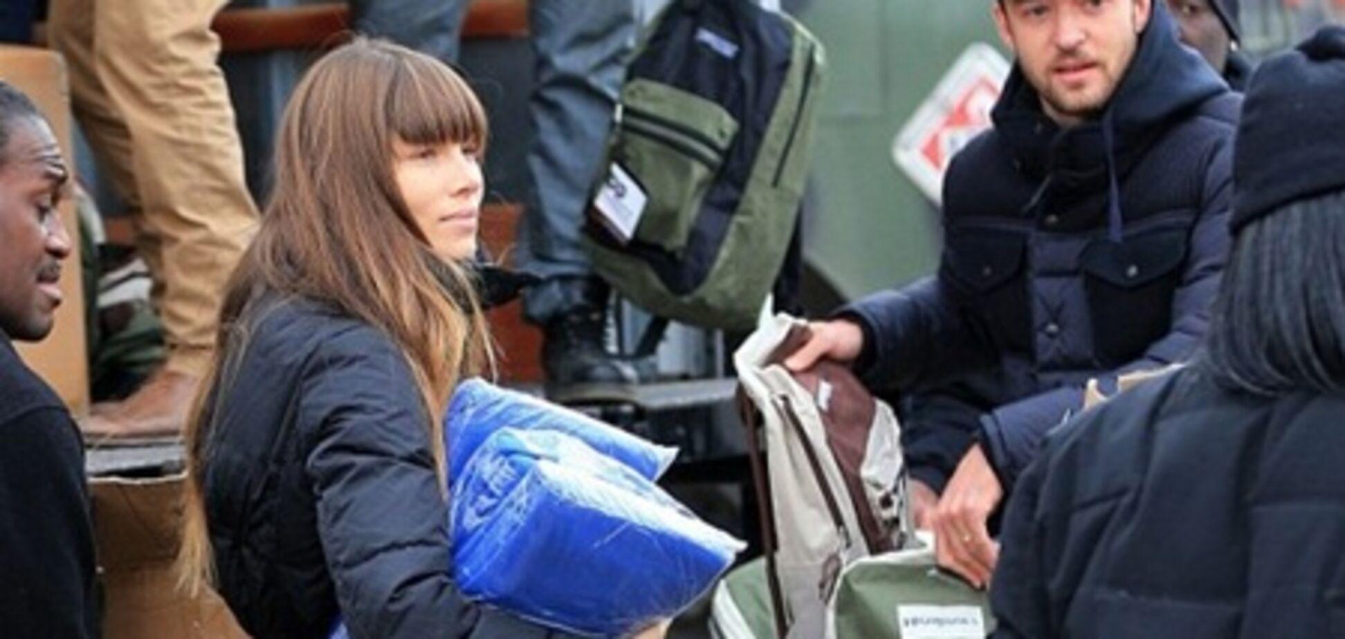 Семейство Тимберлейков помогает пострадавшим от Сэнди. Фото