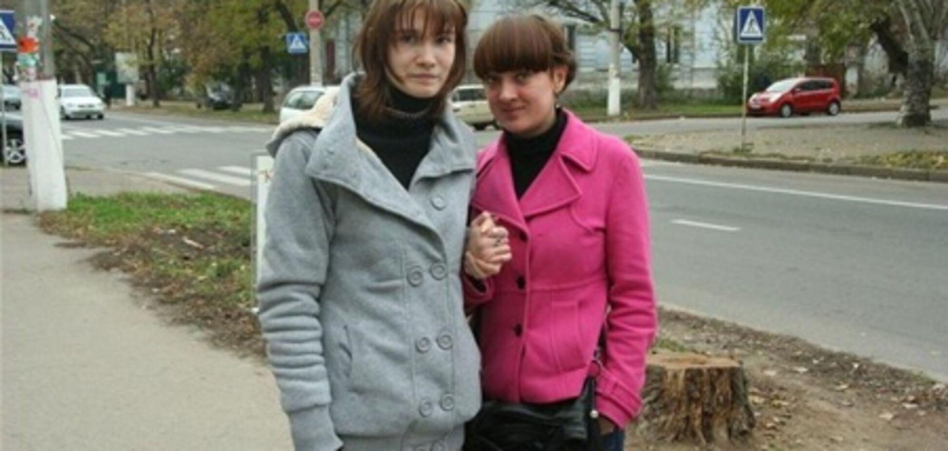 Саша Попова віддала перевагу замість суду піти в кіно. Фото. Відео