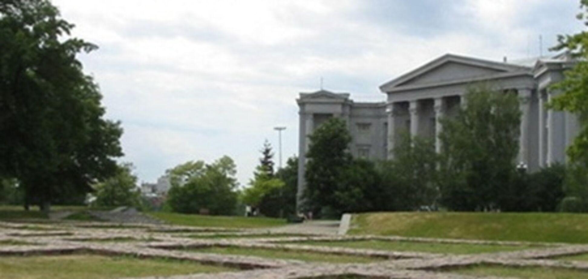 Кулиняка просят уволить директора киевского музея