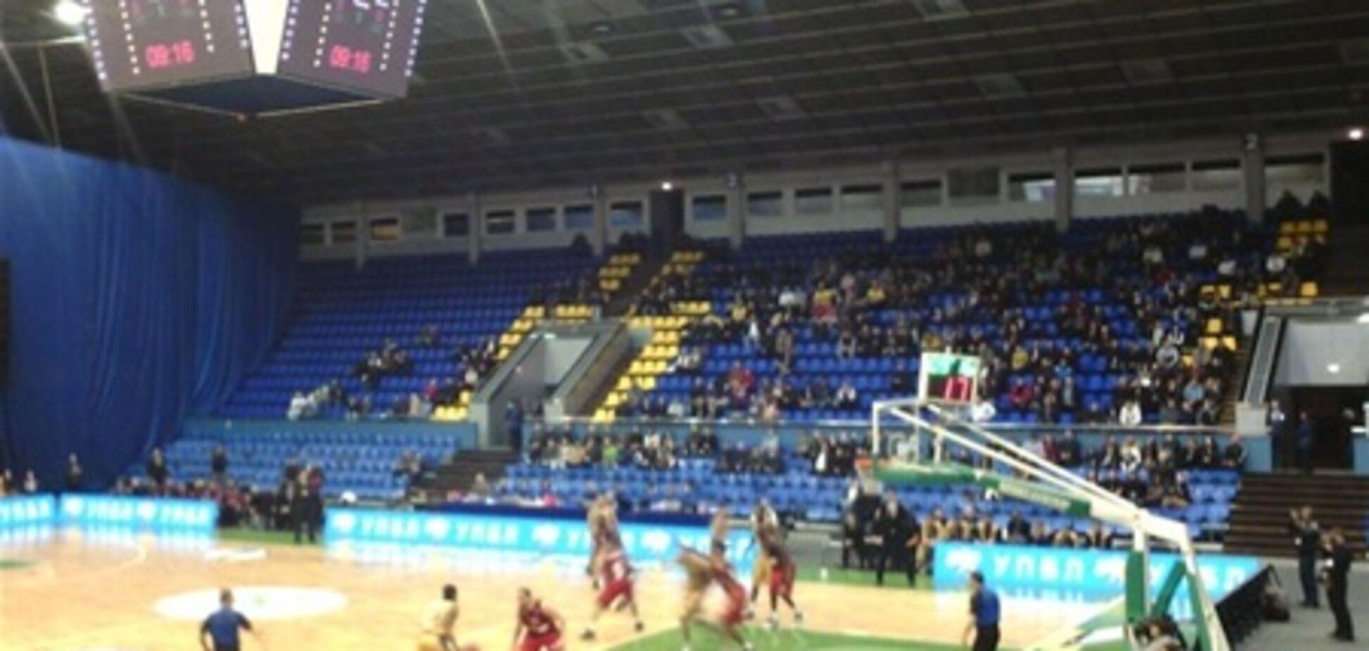 У Києві на баскетболі вболівальники кричали: 'Бий жидів!'