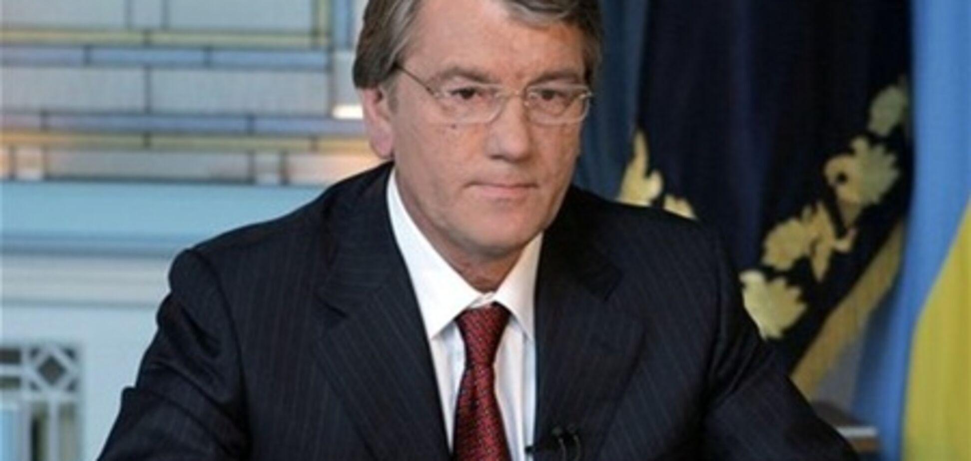 Ющенко побудував другий будинок і спілкується з кіньми