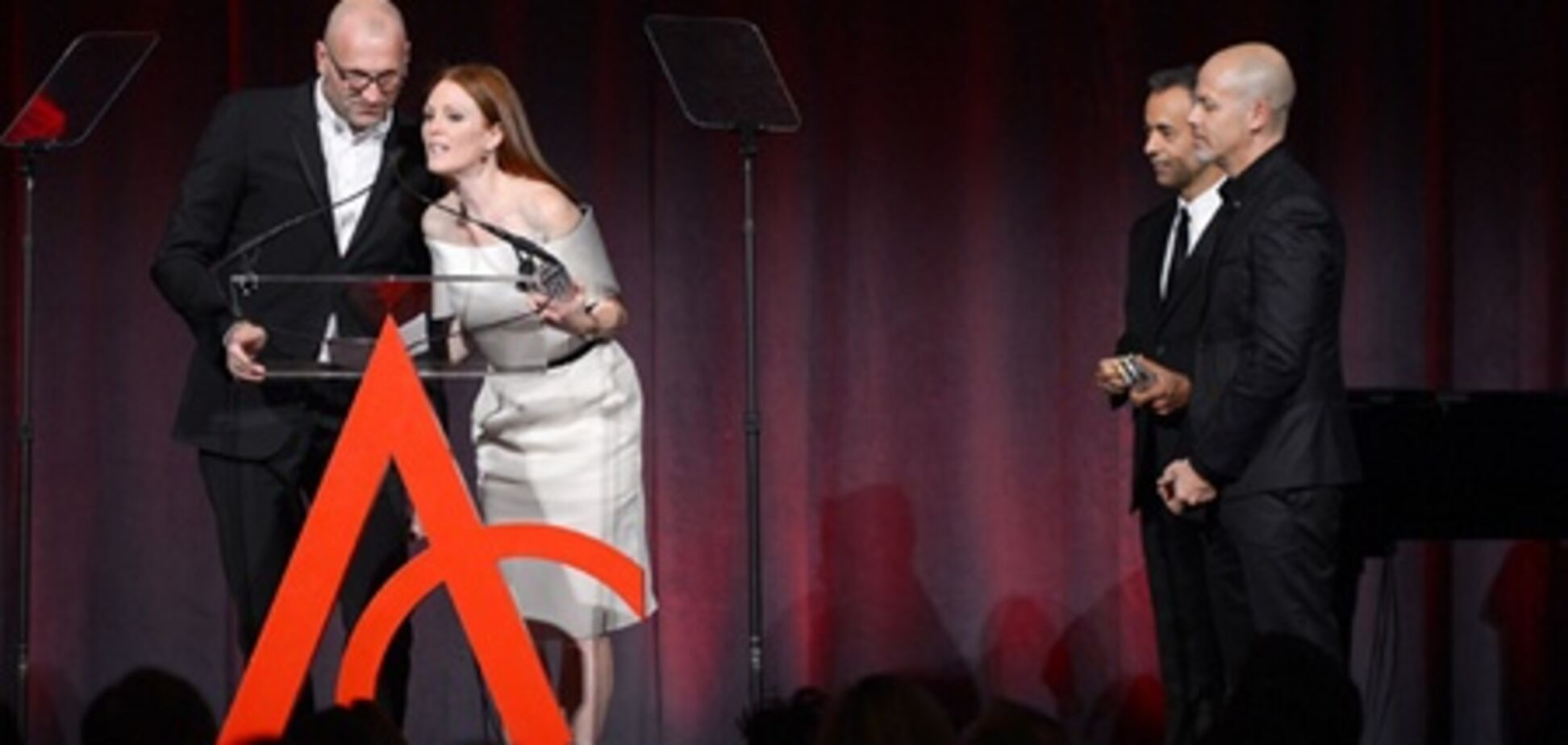 Звезды побывали на церемонии вручения ACE Awards. Фото
