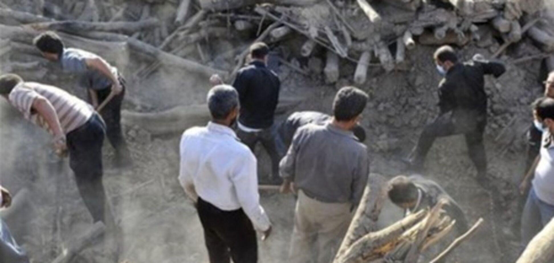 МЗС: українців серед постраждалих від землетрусу в Ірані немає